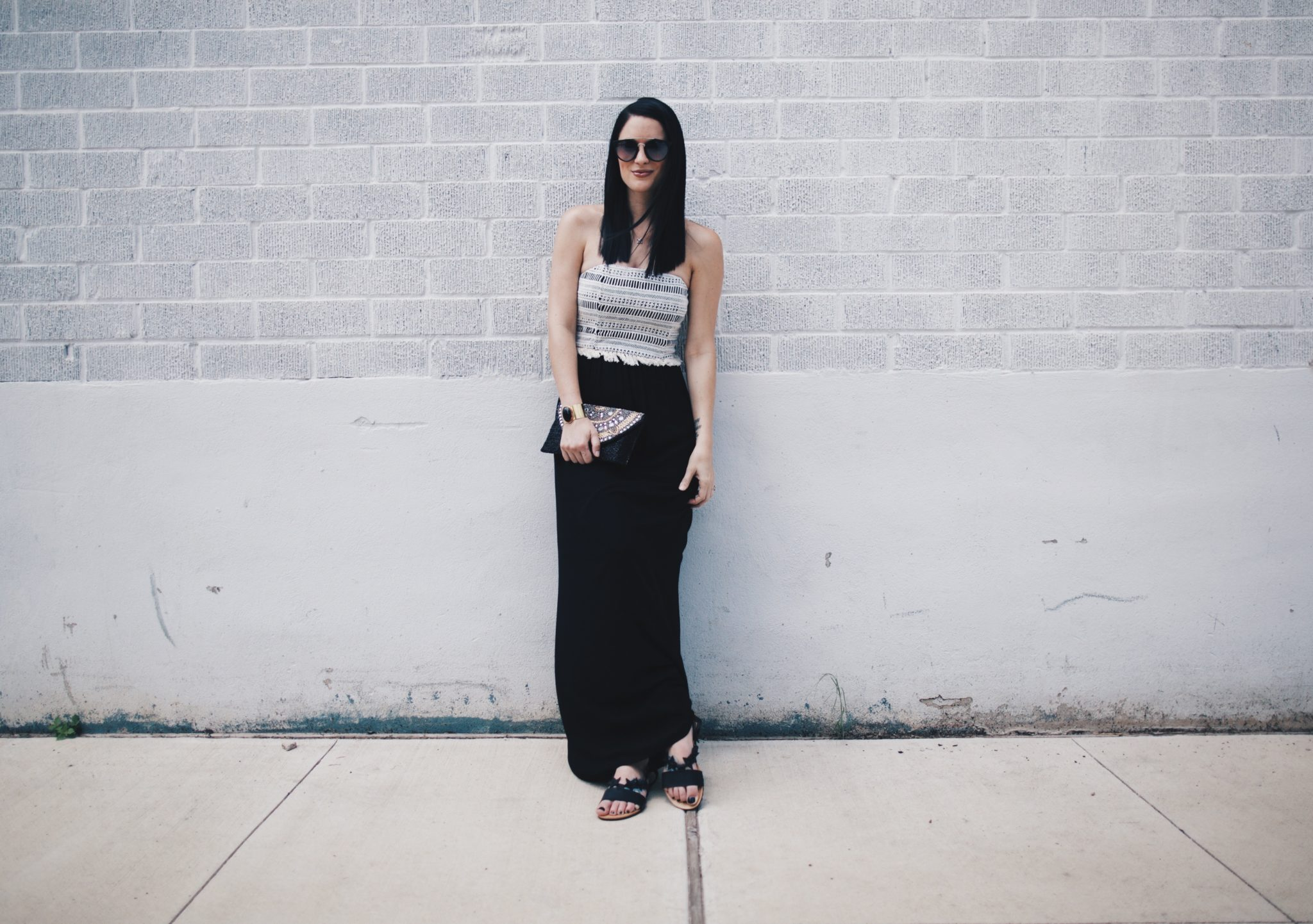 Strapless Dress | how to style a strapless dress | how to wear a strapless dress | summer fashion tips | summer outfit ideas | summer style tips | what to wear for summer | warm weather fashion | fashion for summer | style tips for summer | outfit ideas for summer || Dressed to Kill