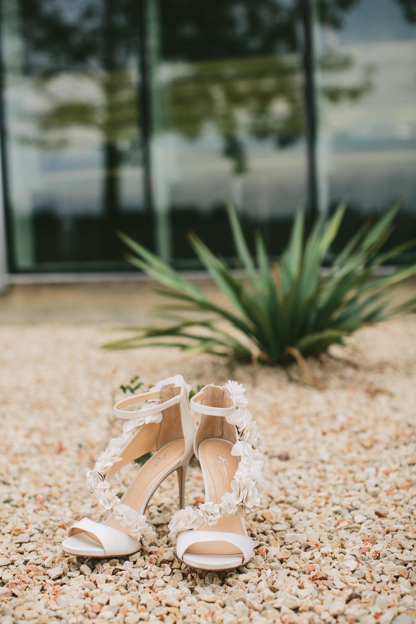 imagine-vince-camuto-wedding-shoe