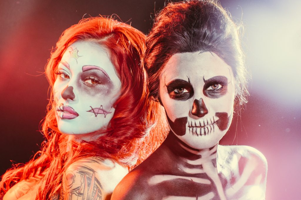 {4 Quick & Easy Halloween Makeup Ideas Inspiration}