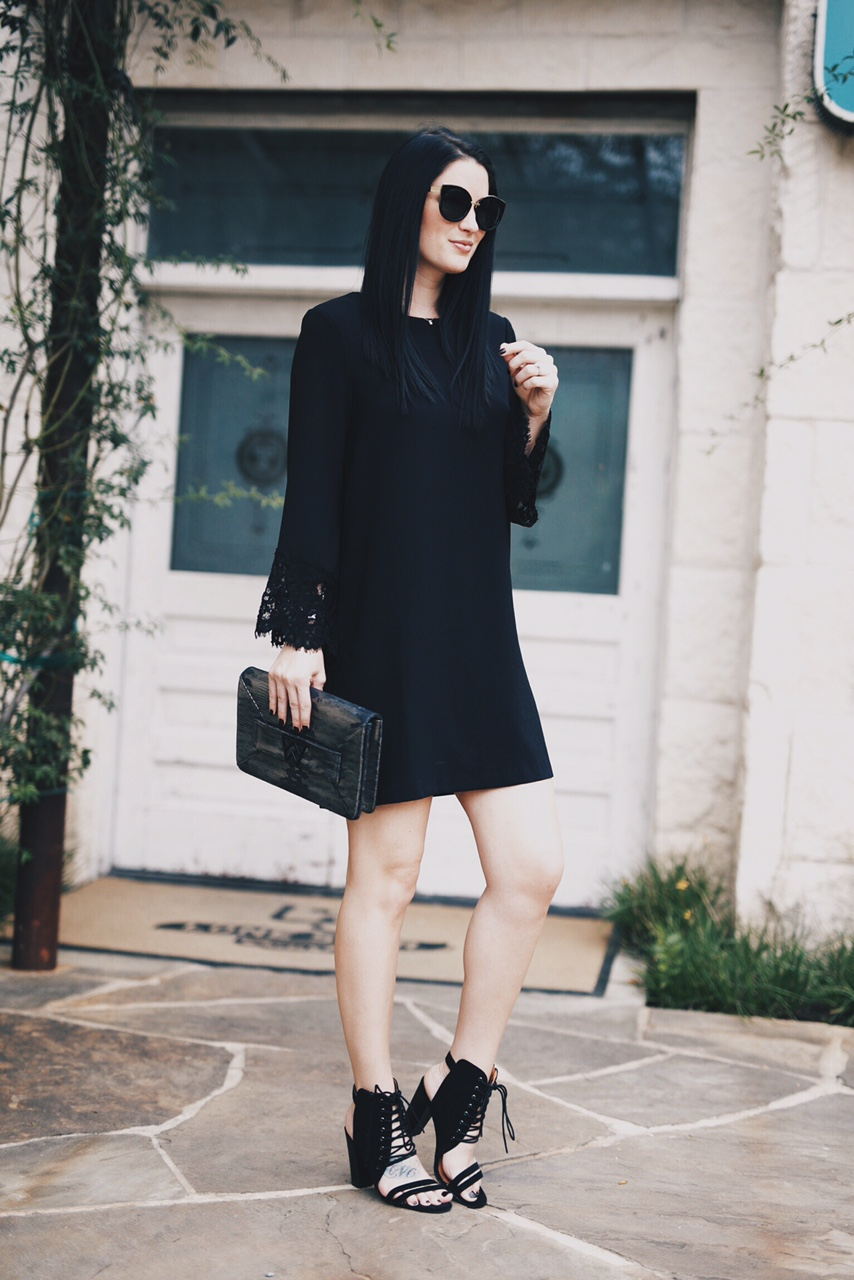 little black dress for fall | the best lbd for fall | little black dress style ideas | how to style a black dress | fall dresses | dresses for fall | fall fashion tips | fall outfit ideas | fall style tips | what to wear for fall | cool weather fashion | fashion for fall | style tips for fall | outfit ideas for fall || Dressed to Kill #fallstyle #lbd #littleblackdress #falldresses
