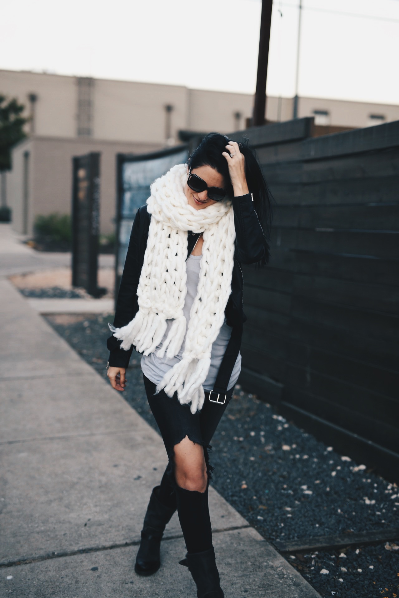 white-large-knit-scarf