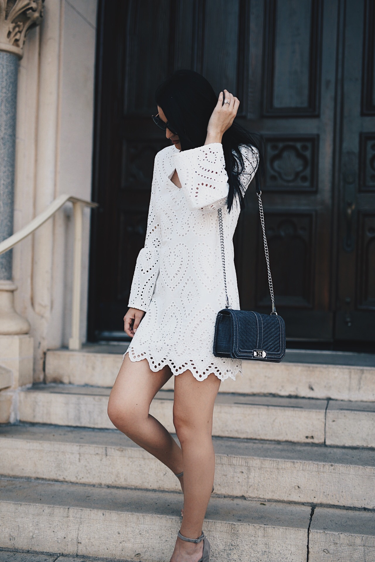 Ashley of DTKAustin has rounded up her favorite dresses for all of your Easter festivities and Easter church service. Click for more images and details to be the best dressed.