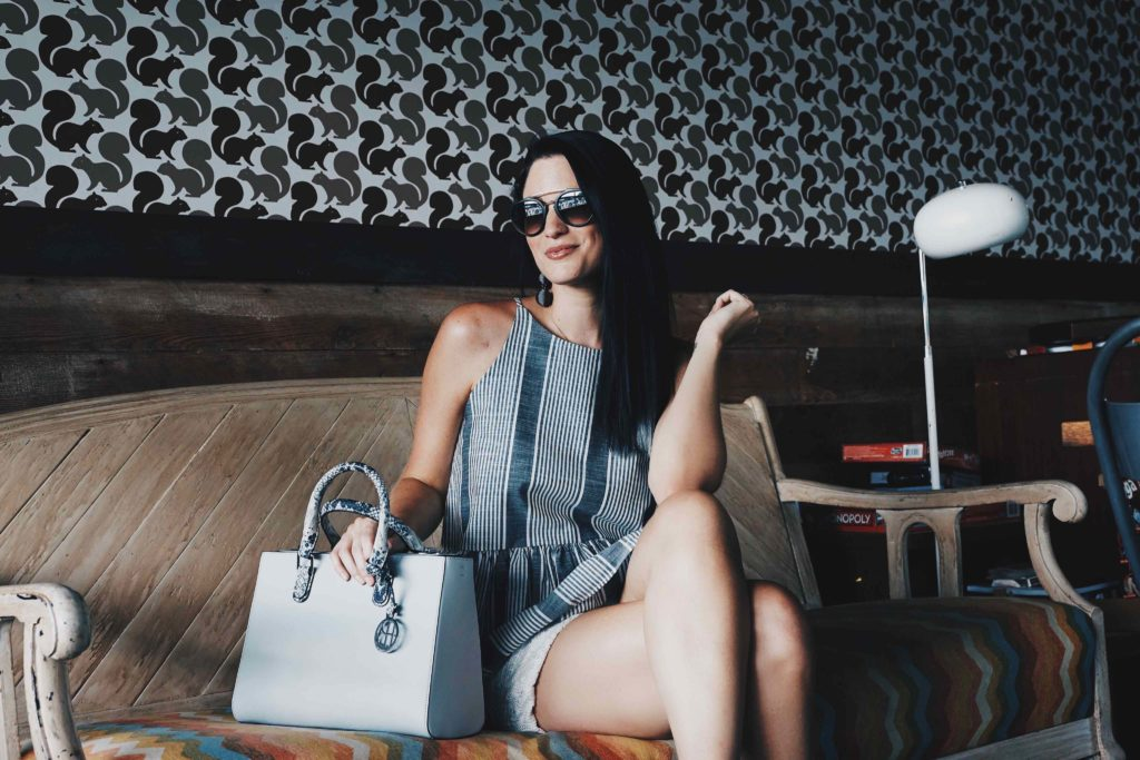 DTKAustin shares her go-to casual summer look for any occasion. Top from Nordstrom, Shorts from Chicwish, handbag from Henri Bendel. Click for more images and info!