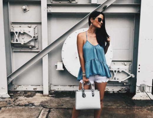 DTKAustin shares her go-to casual outfit for Sunday brunch in Austin. Chambray top by Lux & the Moon, Bag by Henri Bendel, jewelry from Baublebar. Click for more information and photos.