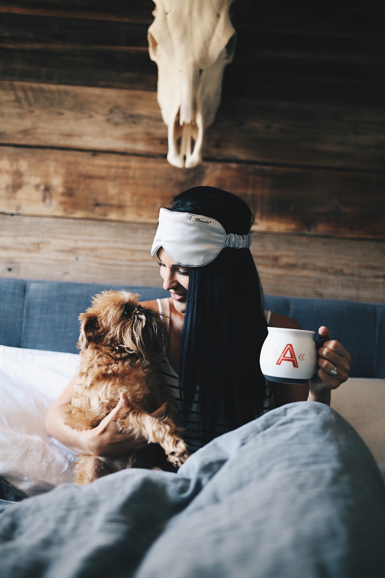 DTKAustin is sharing a few easy tips on how to finally get a good night's sleep without having to take sleeping  medicine. Time to get the best sleep of your life! | how to get a good nights sleep | restful sleep tips and tricks | how to sleep well at night || Dressed to Kill
