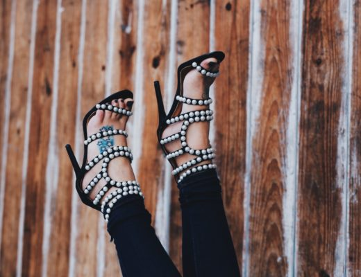 DTKAustin is sharing her go-to, affordable women's online retailer, Boohoo. All of your Fall staples and basics in one place for under $100 including these pearl detailed shoes.