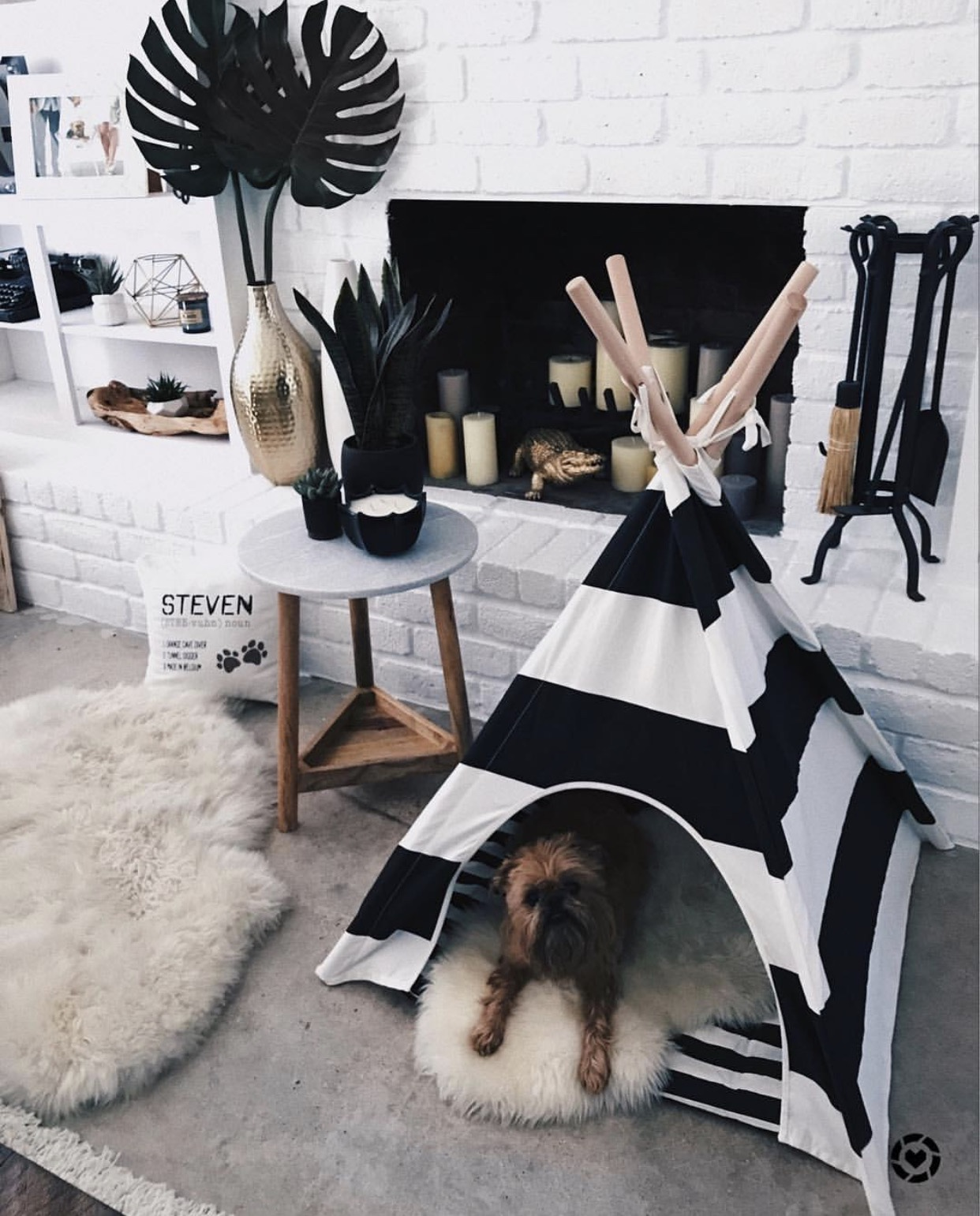 Instagram Outfit Roundup - Favorite August Looks | Dog Teepee