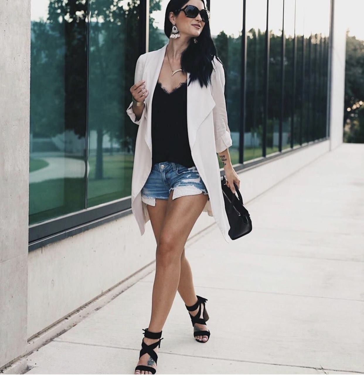 Instagram Outfit Roundup - Favorite August Looks | Fall fashion tips | Fall outfit ideas | Fall style tips | what to wear for Fall | cold weather fashion | fashion for fall | style tips for fall | outfit ideas for fall || Dressed to Kill
