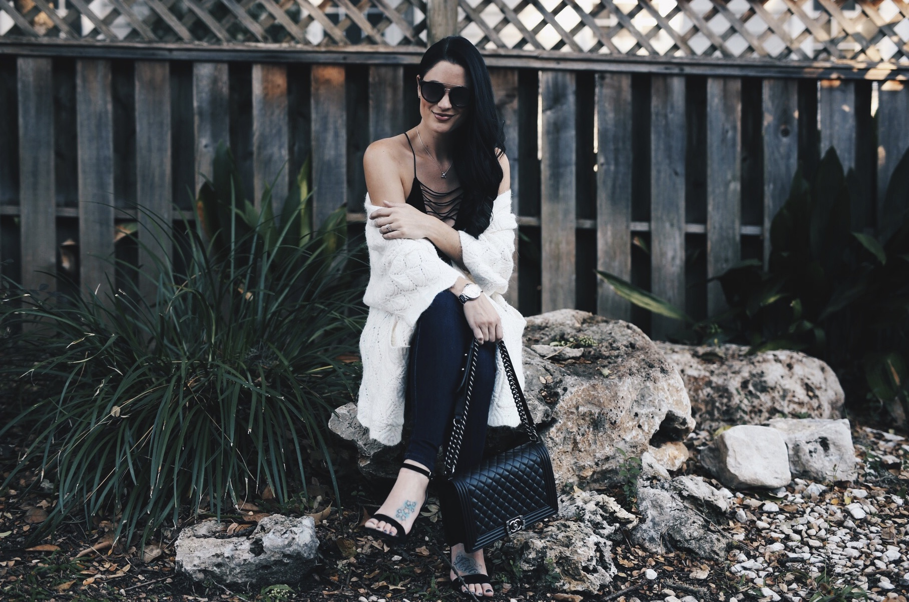 DTKAustin has rounded up her top cardigans for Fall and Winter that are under $100 from Chicwish. | how to style a cardigan | how to wear a cardigan | cardigan fashion ideas | cardigan style tips | white cardigan style | fall fashion tips | fall outfit ideas | fall style tips | what to wear for fall | cool weather fashion | fashion for fall | style tips for fall | outfit ideas for fall || Dressed to Kill #fallstyle #whitecardigan #cardigan