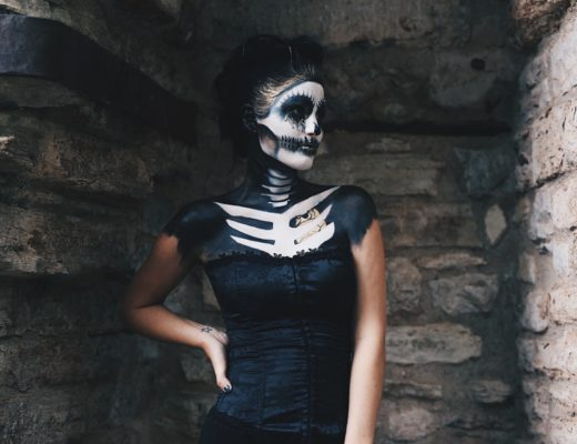 Austin Blogger DTKAustin shares her sexy skeleton costume with full face and body paint for Halloween.