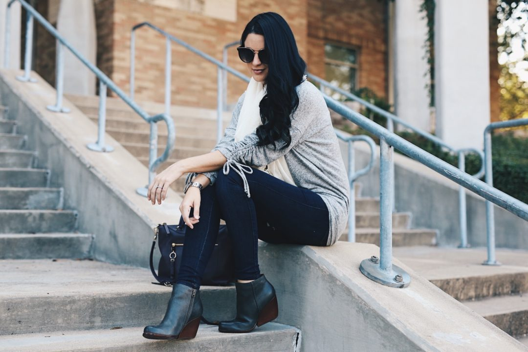 DTKAustin shares why she loves leather shoe brand Kork-Ease and why you should be online shopping at Zappos.