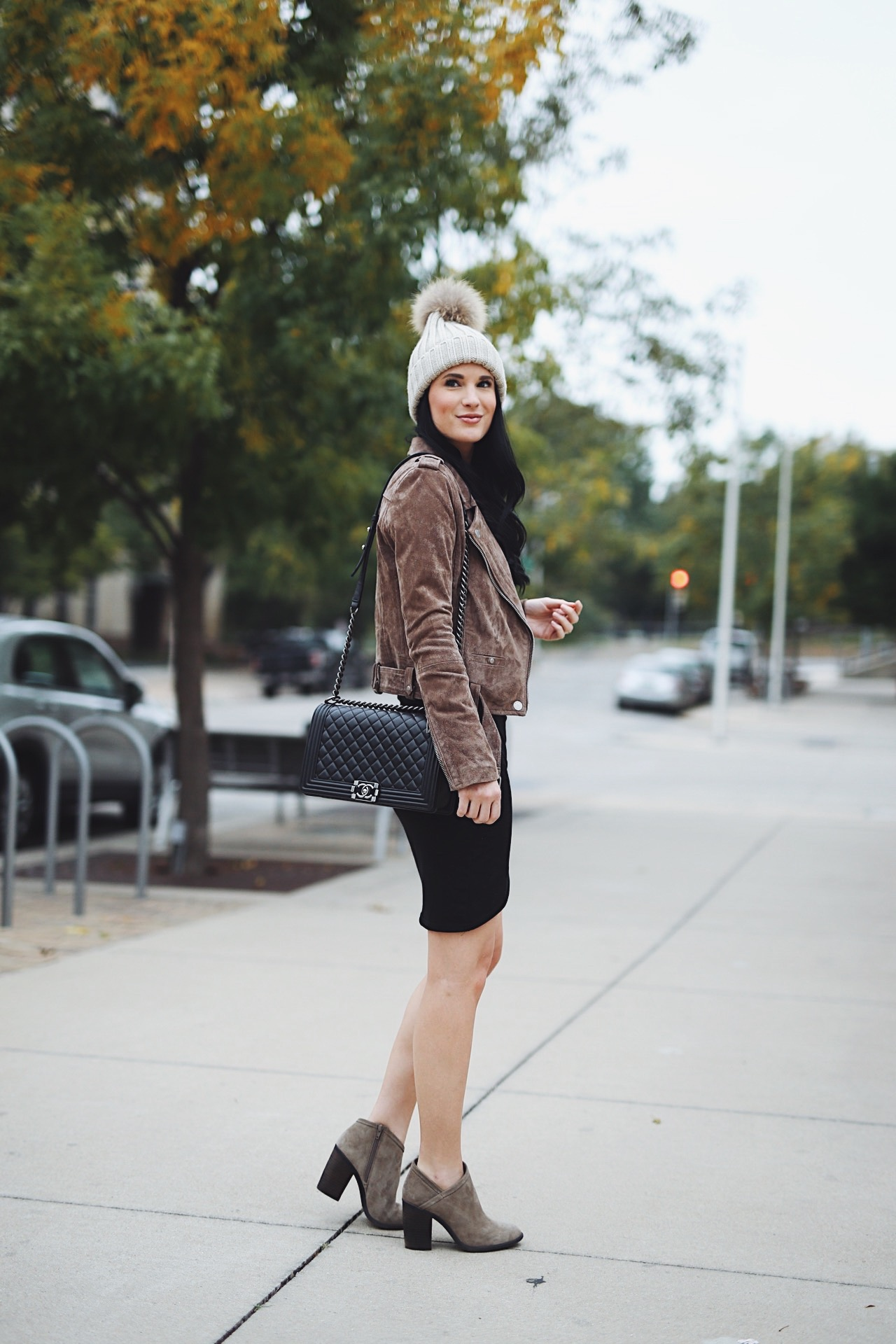 DTKAustin shares her favorite Fall/Winter nude booties that are all under $100 from Nordstrom. | affordable nude booties | nude bootie style | styling a nude bootie | fall shoes | must-have fall shoes | fall style tips | what to wear for fall | cool weather fashion | fashion for fall | style tips for fall | outfit ideas for fall || Dressed to Kill #nudebooties #bootieseason #fallshoes #fallstyle