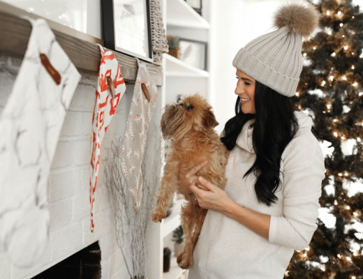 DTKAustin is sharing tips on how to pick the perfect wall art for large living spaces with Minted for the holidays.