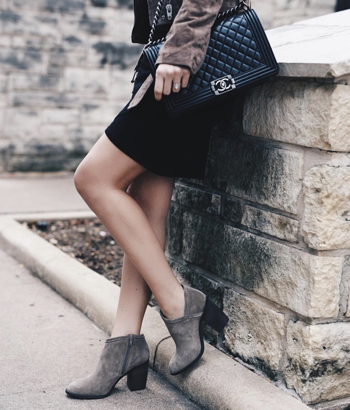 Austin Blogger DTKAustin has rounded up her favorite Fall looks from November. My best selling looks are linked and ready to easily shop.   fall fashion tips   fall outfit ideas   fall style tips   what to wear for fall   cool weather fashion   fashion for fall   style tips for fall   outfit ideas for fall    Dressed to Kill #fallstyle #fashion #fashionblogger  - Best of November Looks - Instagram Fashion Roundup by Austin style blogger Dressed to Kill