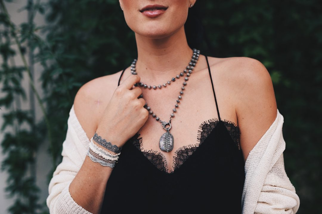DTKAustin is sharing the best splurge worthy designer gifts for her for Christmas or any occasion. - Splurge-Worthy Designer Gifts for Her by Austin fashion blogger Dressed to Kill