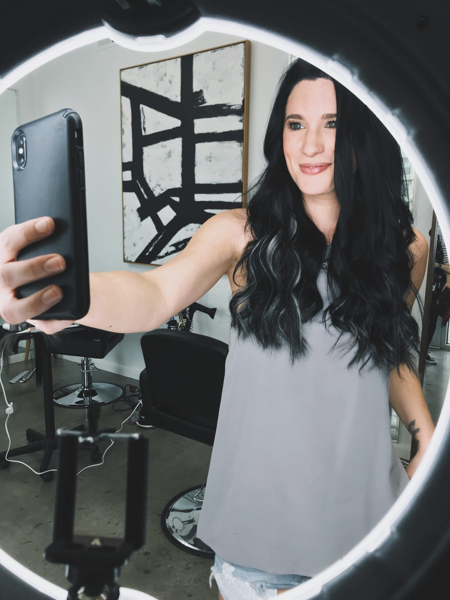 DTKAustin shares how to achieve different types of curls and waves with the T3 Convertible Interchangeable Curling Iron. - T3 Convertible Interchangeable Curling Wand Tutorial by popular Austin style blogger Dressed to Kill