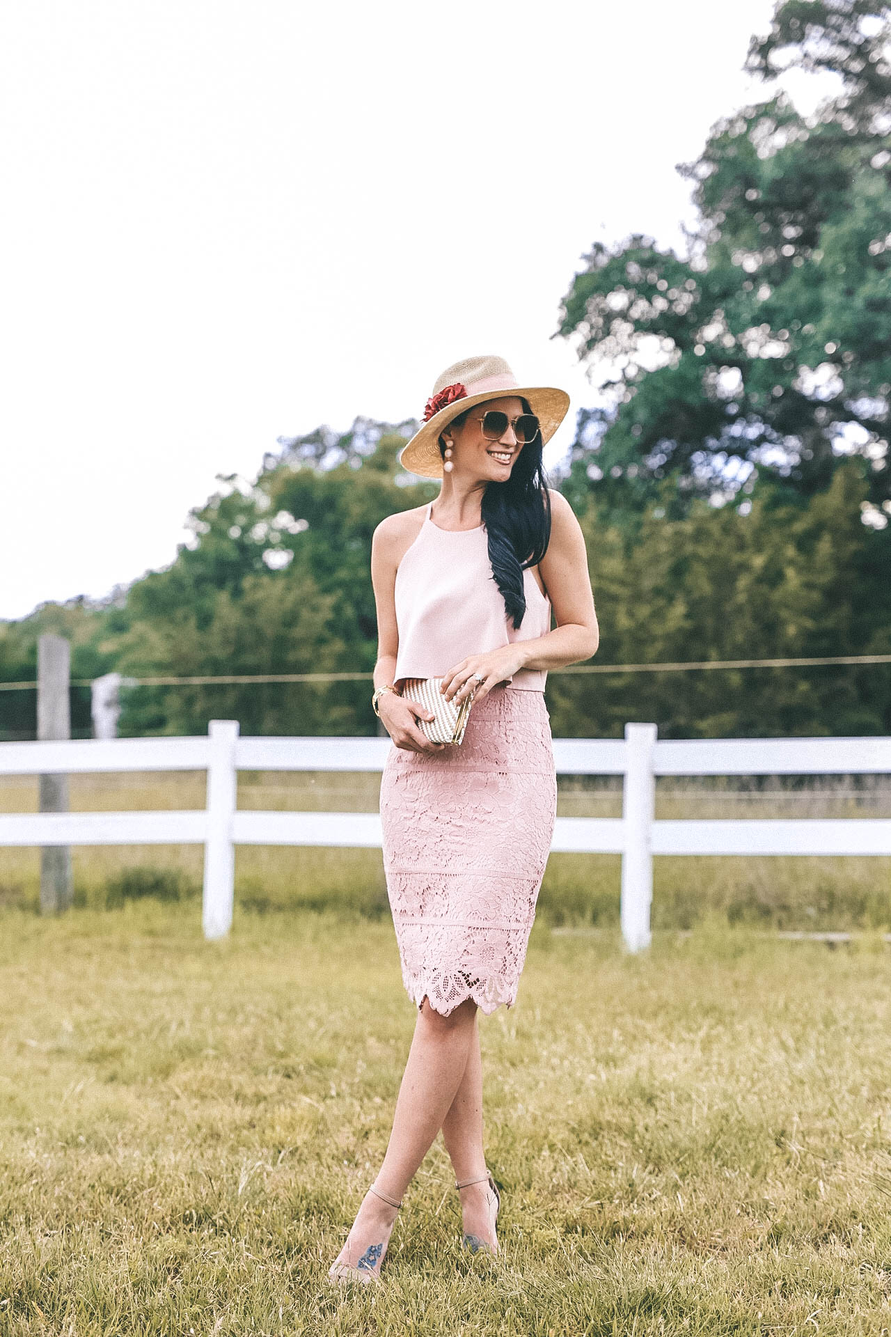 DTKAustin shares three of her favorite Kentucky Derby inspired looks. Whether you are going to a Derby party or the Derby itself, you are set with these fascinating hats and accessories. || Dressed to Kill #kentuckyderby #derby #derbylooks #kentuckyderbyhat #DIYDerbyHatWhat to Wear to a Kentucky Derby Party featured by popular Austin Fashion blogger, Dressed to Kill.
