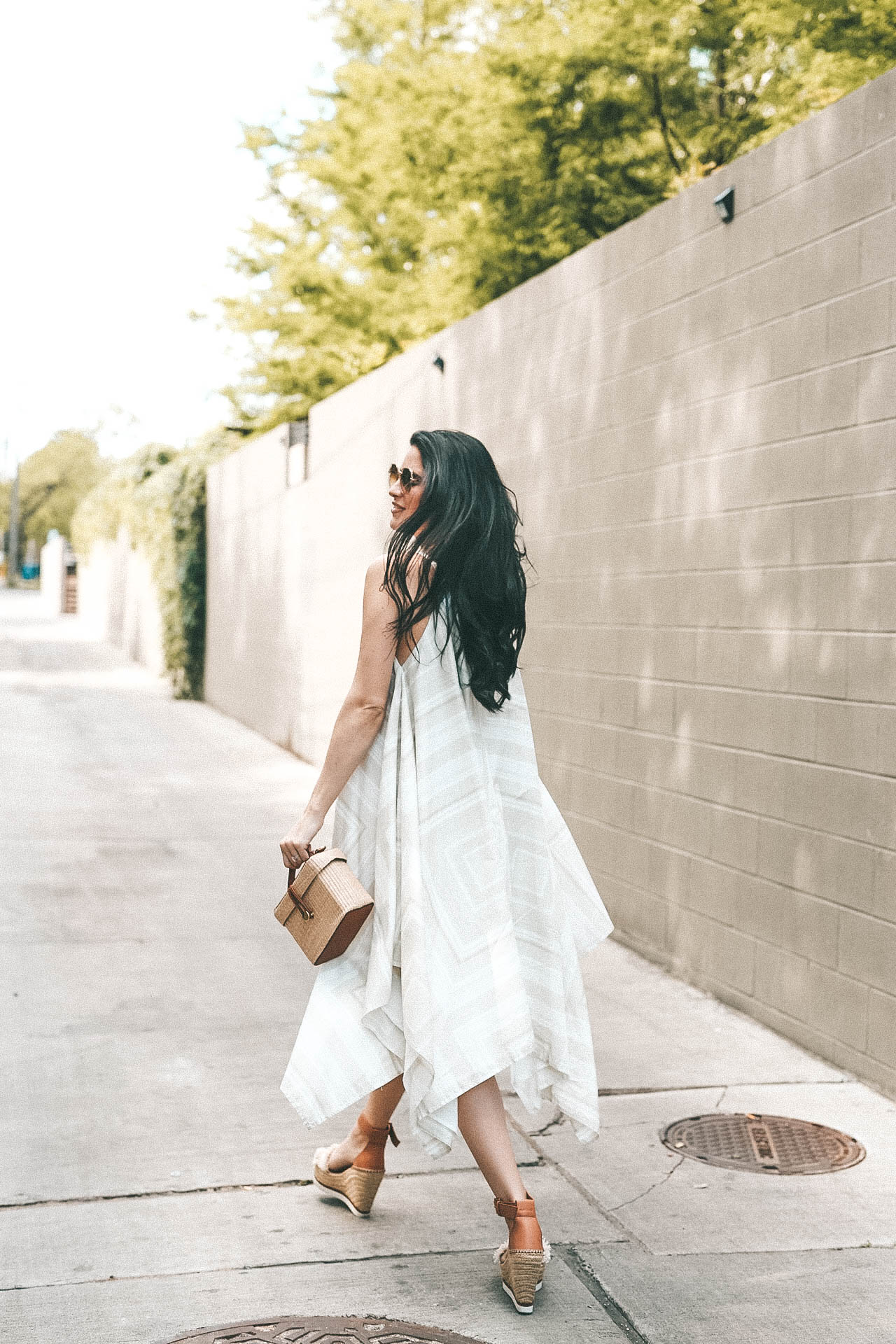 Billy Reid Women's Bandana Dress | Casual Dresses | how to style a bandana dress | summer dresses for women | summer outfits | summer fashion || Dressed to Kill #bandanadress #dresses #summerdress #casualdress #summerfashion - The Billy Reid Bandana Dress featured by popular Austin fashion blogger, Dressed to Kill