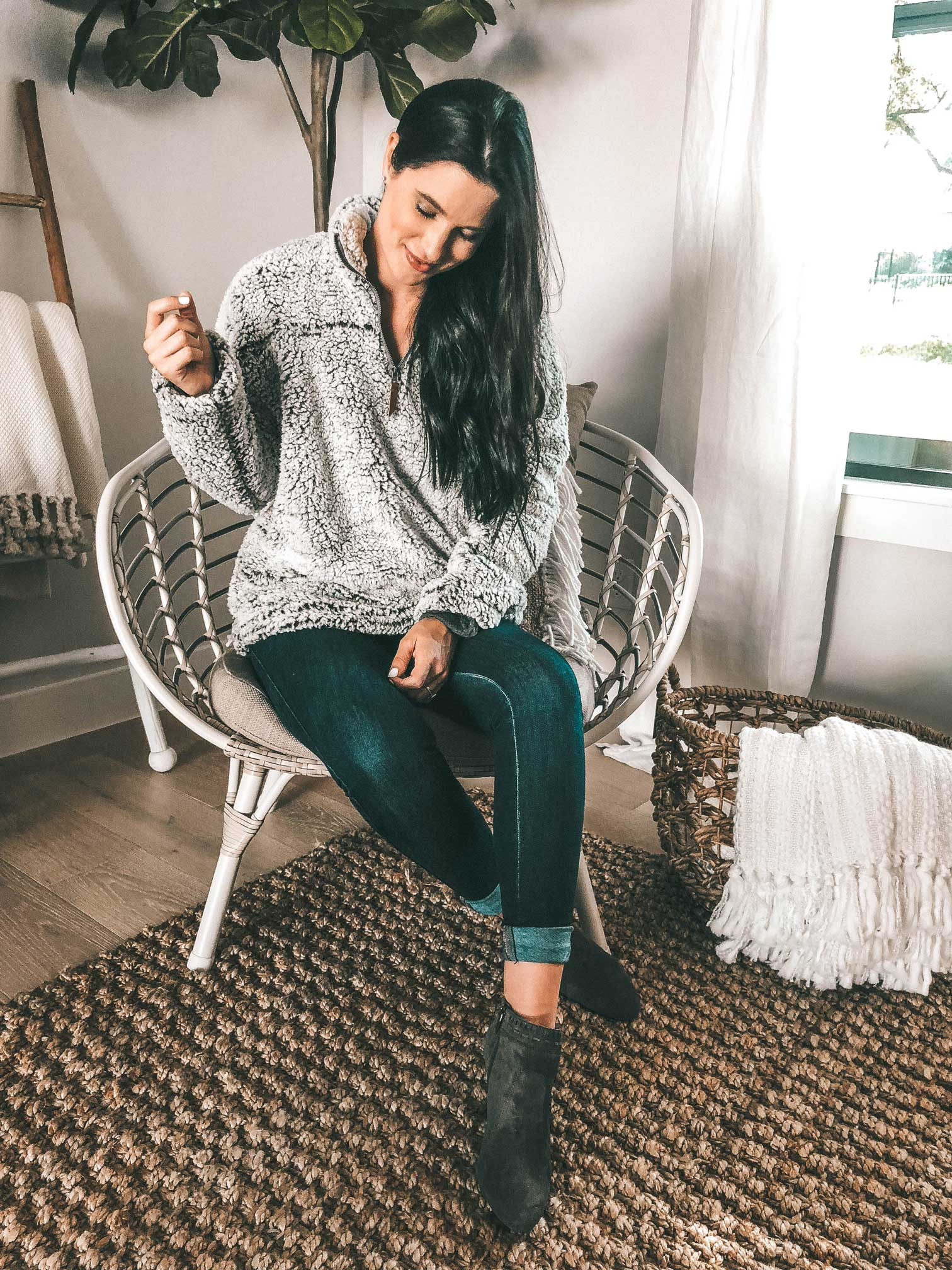 DTKAustin shares her 7 must have items from the 2018 Nordstrom Anniversary Sale NSALE. - Nordstrom Anniversary Sale Must Haves featured by popular Austin fashion blogger, Dressed to Kill || DTK Austin #nsale #nordstrom #anniversarysale #nordstromsale #fashion #style #fallstyle #winterstyle #womensoutfits #dtkaustin