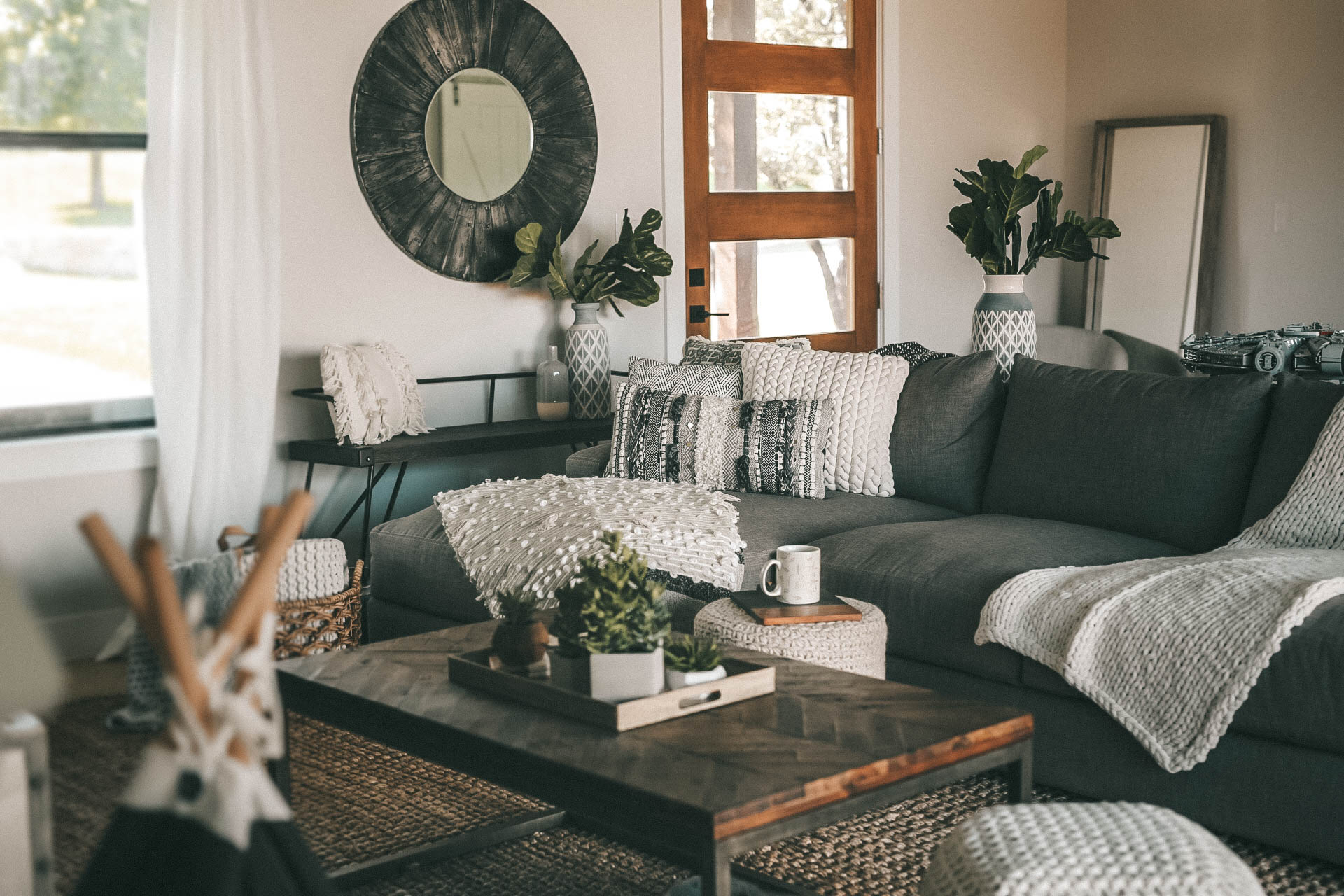 DTKAustin shares a sneak peek into her newly built home. She styled the modern farmhouse with Nordstrom Home Decor on a budget - Fall Home Decor for a Cozier Home with Nordstrom Decor featured by popular Austin life and style blogger, Dressed to Kill