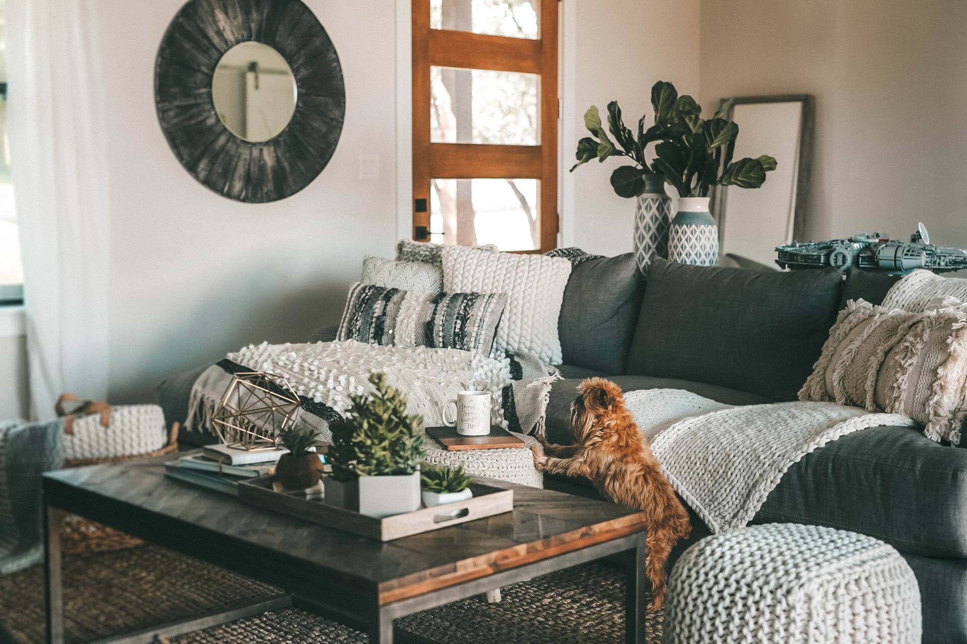 DTKAustin shares a sneak peek into her newly built home. She styled the modern farmhouse with Nordstrom Home Decor on a budget. - Fall Home Decor for a Cozier Home with Nordstrom Decor featured by popular Austin life and style blogger, Dressed to Kill