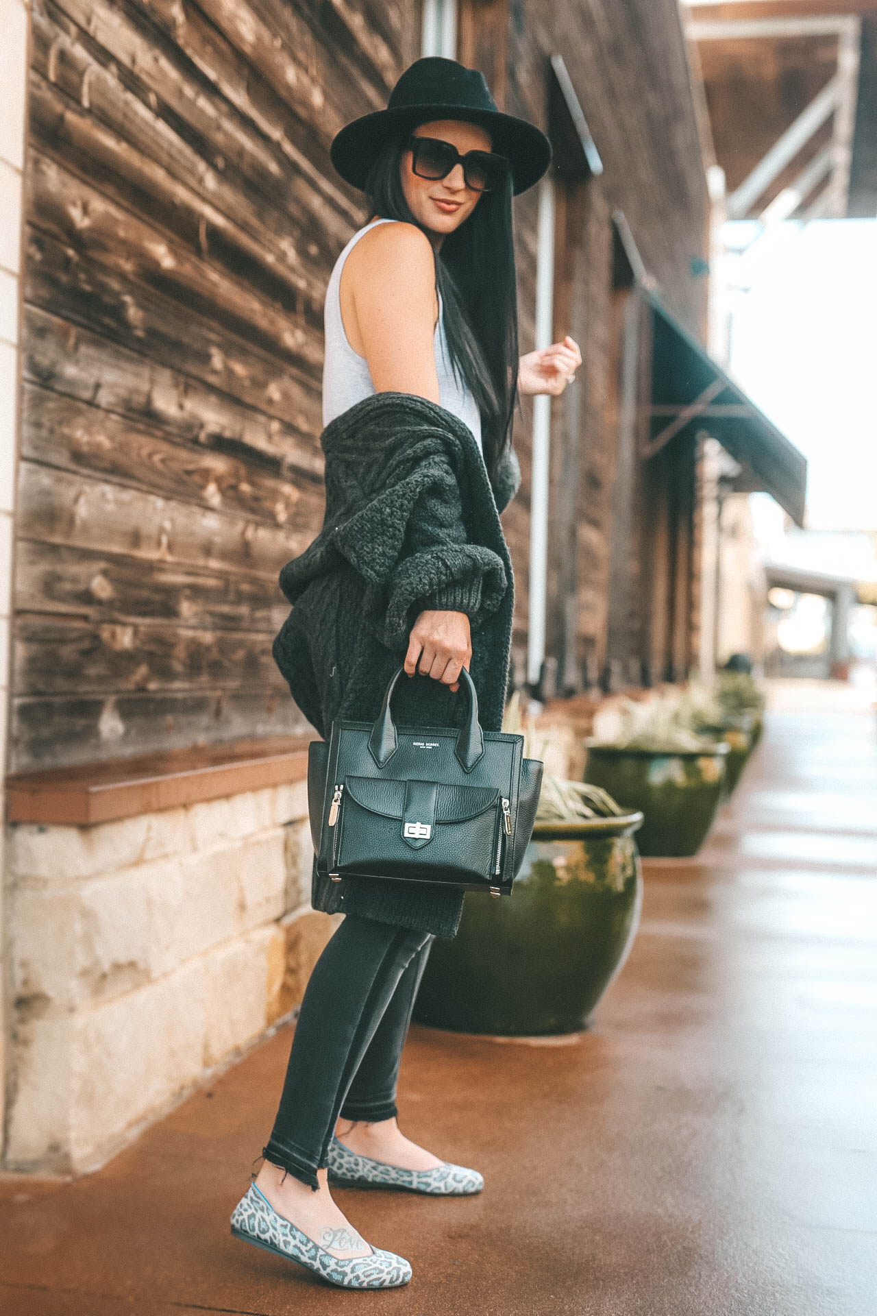 multiple ways to wear Rothy's flats and if they are worth the hype. Machine washable and made out of recycled water bottles they are a chic shoe saving the planet. | Rothy's Flats featured by popular Austin fashion blogger Dressed to Kill