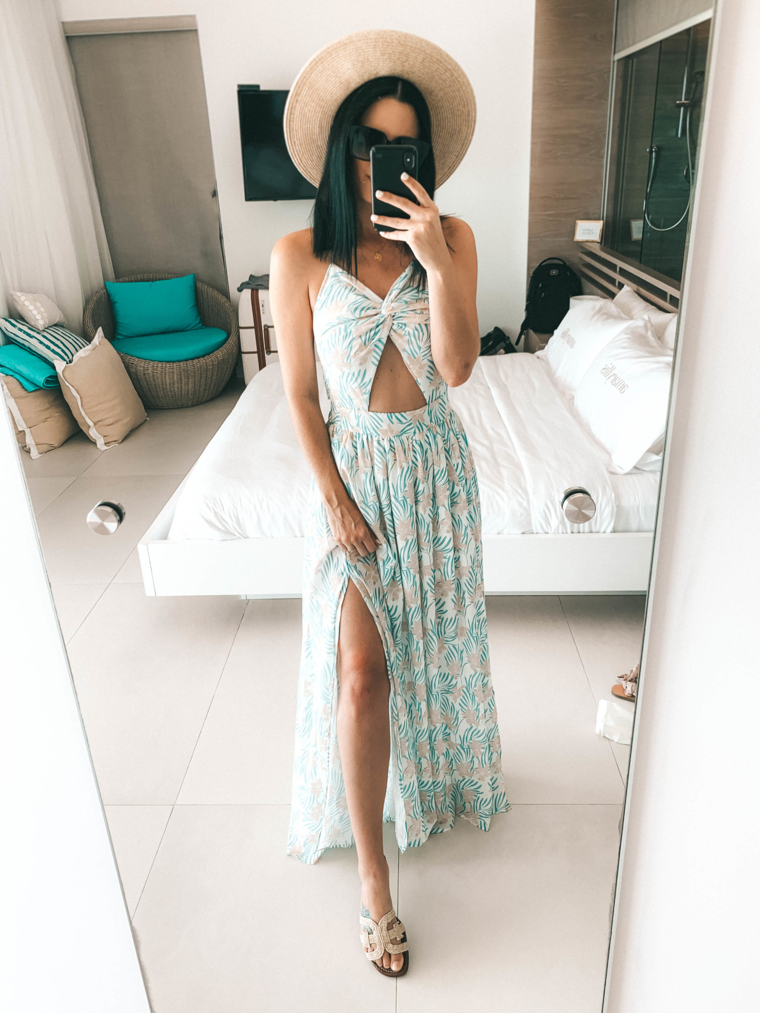 Amaryllis Apparel Abroad Turks & Caicos Summer Try-On by popular Austin fashion blog, Dressed to Kill: image of a woman wearing a Amaryllis Apparel Los Cabos Maxi Dress.
